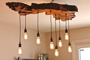 Lámparas con tablas de madera